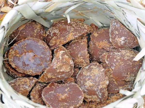 Natural Sugar making, సహజ సిద్దమైన చక్కెర తయారీ లో భూసంపత్ కంపెనీ