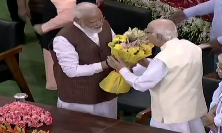 Narendra Modi elected as the leader of the BJP Parliamentary Party, మోదీని పార్లమెంటరీ పార్టీ నేతగా ఎన్నుకున్న ఎన్డీఏ