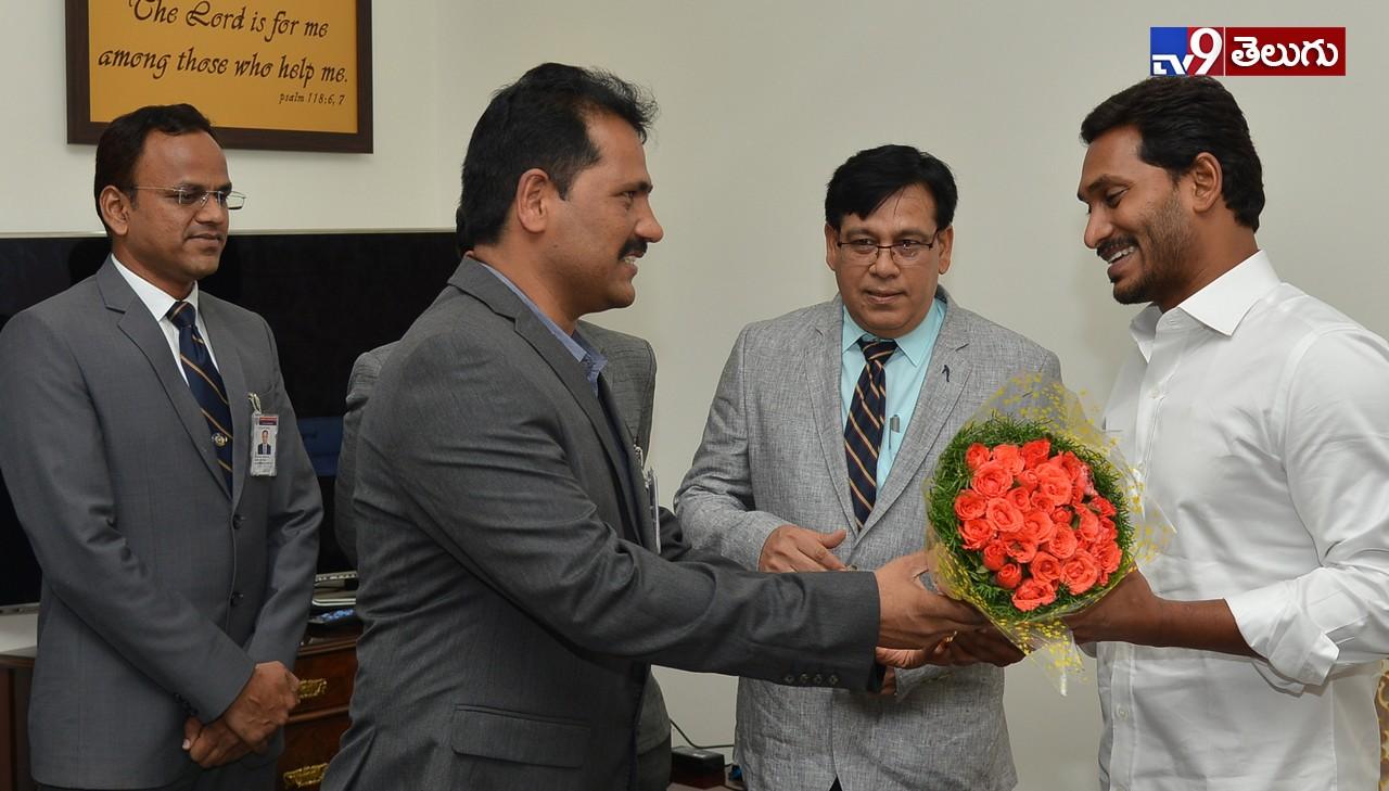YS Jagan, 'వై.ఎస్. జగన్మోహన్ రెడ్డి' మీడియా సమావేశం ఫొటోస్