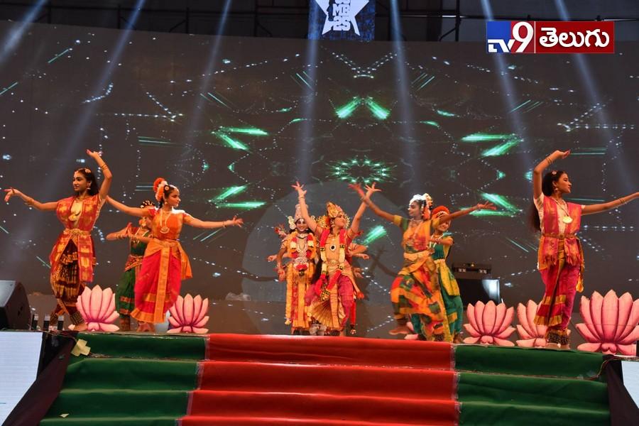 Maharshi SuccessEvent in Vijayawada, విజయవాడలో 'మహర్షి' విజయోత్సవ వేడుక ఫొటోస్