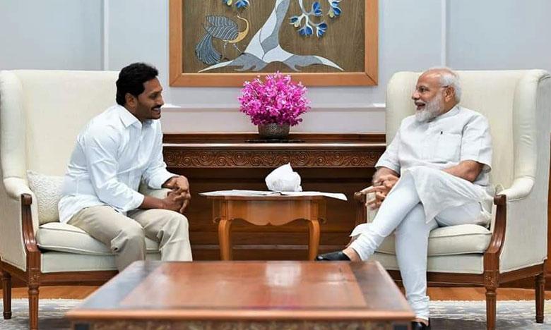 YS Jaganmohan Reddy meets PM Modi, ఏపీని ఆదుకోండి.. మోదీతో జగన్..