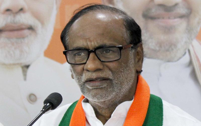 BJP President laxman, ఇన్నాళ్లకా క్యాబినెట్ భేటీ: లక్ష్మణ్ ఫైర్