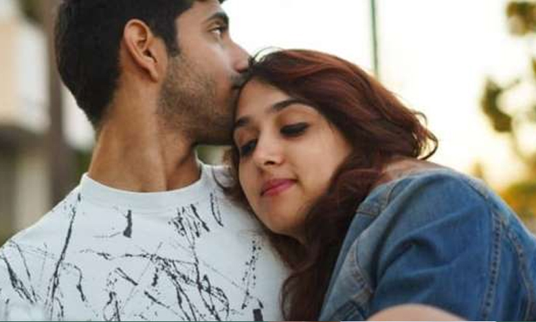 Aamir Khan's daughter Ira hugs her boyfriend Mishaal Kirpalani, బాయ్ ఫ్రెండ్తో అమీర్ ఖాన్ కూతురి సరాగాలు