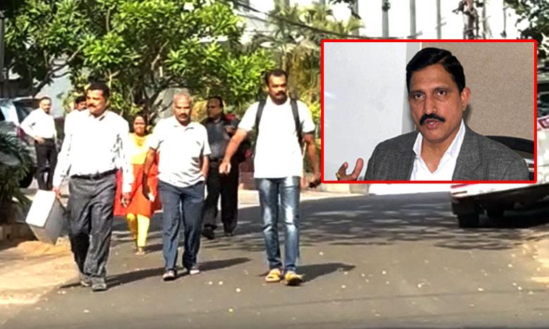 CBI raids Sujana's premises in Hyderabad, సుజనా చౌదరి కార్యాలయాల్లో సీబీఐ సోదాలు