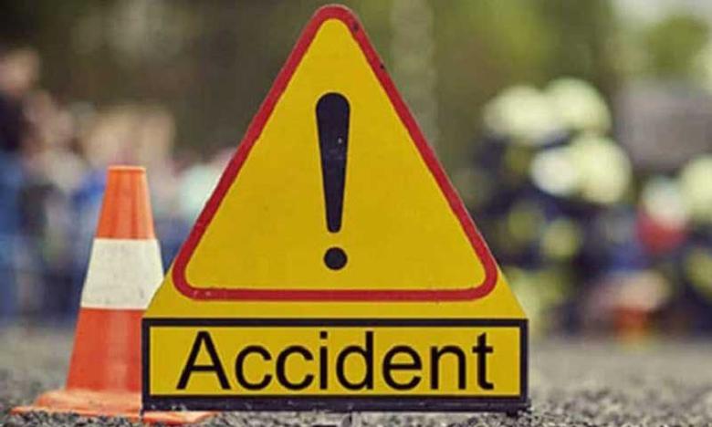 Suryapet Road Accident, ఆటో-లారీ ఢీ.. ప్రమాదంలో నలుగురు మృతి