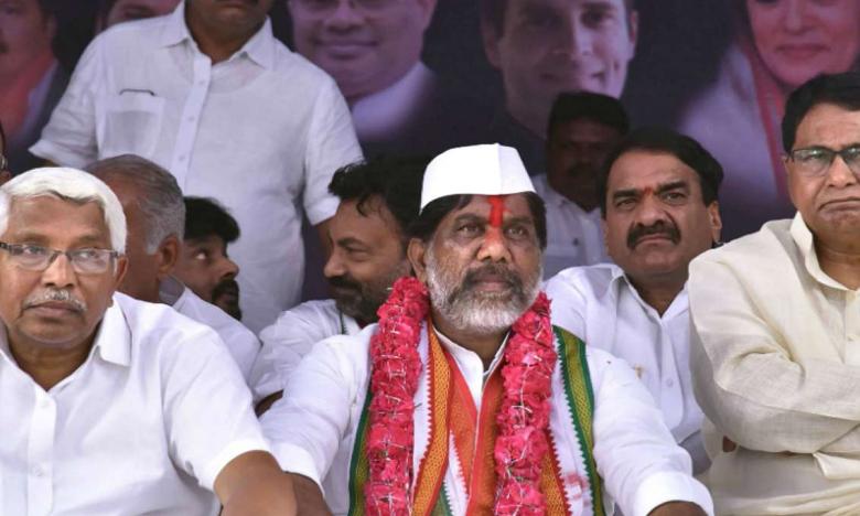 Congress Leader Bhatti Vikramarka protest continue against CLP merger with TRS, రెండో రోజు కొనసాగుతున్న భట్టి దీక్ష