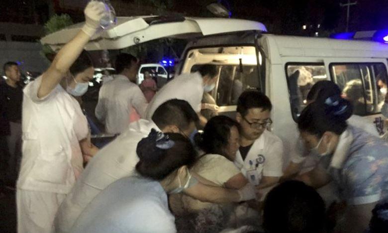 Earthquake in china, చైనాలో భారీ భూకంపం: 11 మంది మృతి, 122 మందికి గాయాలు
