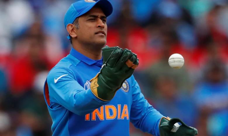 ICC World Cup 2019, బలిదాన్ చిహ్నం లేకుండానే మ్యాచ్లో ధోని