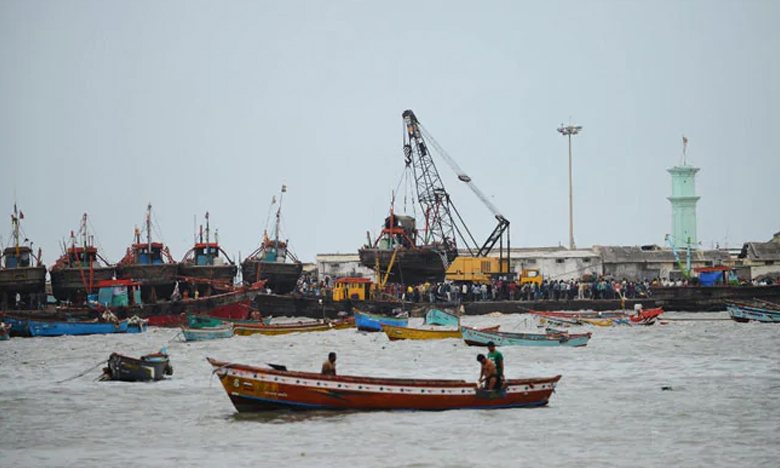 Monsoon 2019, వాయు తుఫాన్ యూ టర్న్… అప్రమత్తమైన గుజరాత్