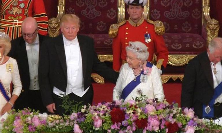 Did donald trump break royal protocol by touching the queen, రాణిగారిని తాకి ట్రంప్ తప్పు చేశాడా ?