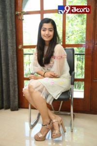 Rashmika Mandanna, రౌడీ తో రెడీ గా 'రష్మిక మందాన'