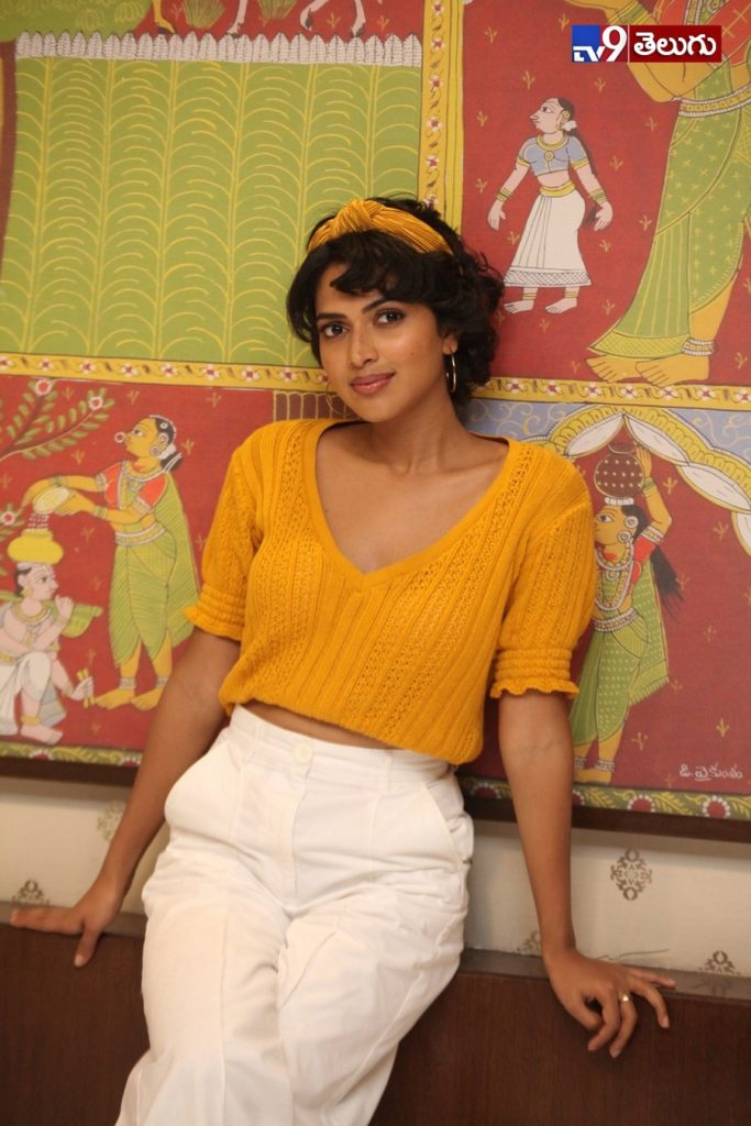 "Amala Paul New Photos, I Am పాల్.. అమలాపాల్.. ""ఆమె"" మూవీ నాదే..!"
