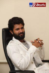 Vijay Devarakonda New Photos, మరో సెన్సేషన్ కోసం మన సెన్సేషనల్ స్టార్ విజయ్ దేవరకొండ