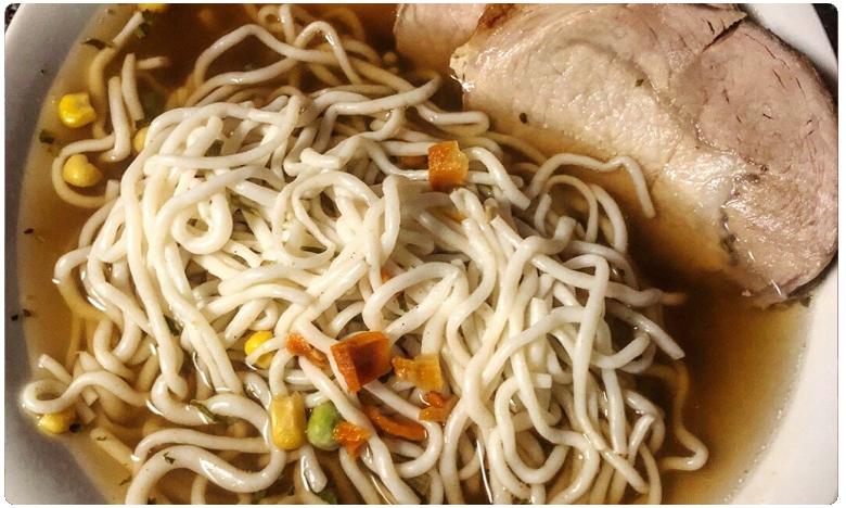 Robot Sophi made Laksa Noodle Soup in Singapore Ready in 45-seconds, కేవలం 45 సెకన్లలలో 'నూడుల్స్' రెడీ..!