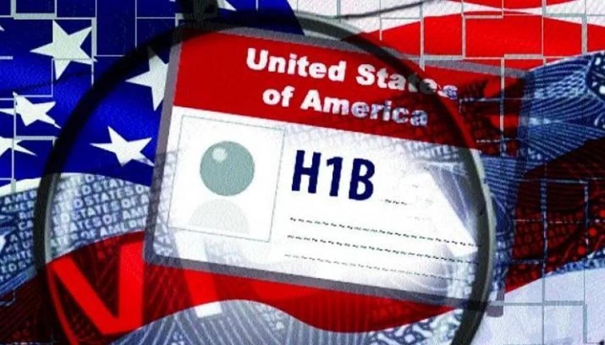 Canada trumps US H-1B Visas, హెచ్ 1బి వీసాల జారీలో జాప్యం… నిపుణుల వర్రీ!