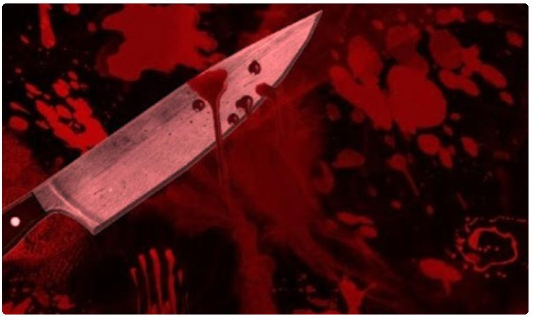 brutally murdered Two young men beheaded, నడిరోడ్డుపై అంతా చూస్తుండగానే ఘోరం
