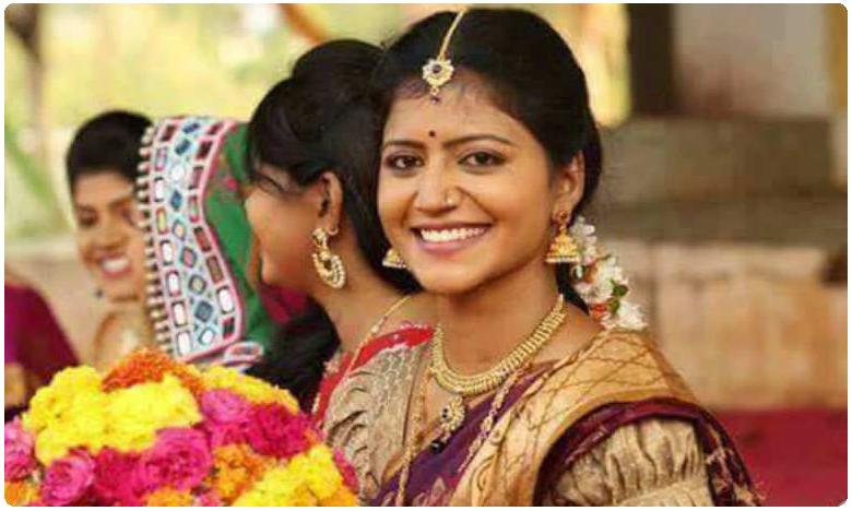 Savithri confirms, అవును 'బిగ్బాస్'లోకి వెళ్తున్నా.. కన్ఫర్మ్ చేసిన యాంకర్..!