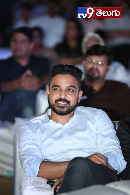 Prabhas Saaho Pre Release Event, కేక పెట్టిస్తోన్న 'సాహో' ప్రీ రిలీజ్ ఈవెంట్ ఫొటోస్