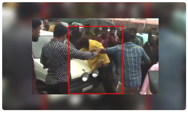 Caught on camera: Kannada actor Huccha Venkat brutally thrashed by unruly crowd for allegedly damaging car in Karnataka's Kodagu