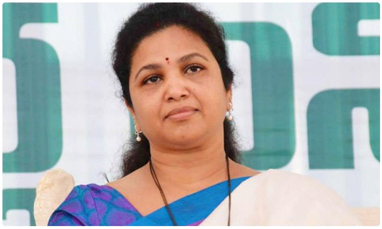 YSRCP Leader Butta Renuka, ఫ్యామిలీ గైడెన్సే బుట్టా కెరీర్ను దెబ్బతీసిందా..!