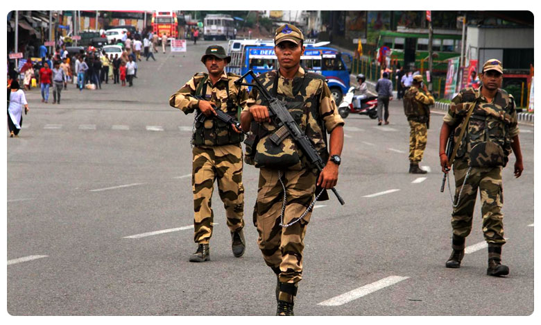 Delhi: Security Forces On High Alert Ahead Of Independence Day, దేశమంతా హై అలర్ట్..!