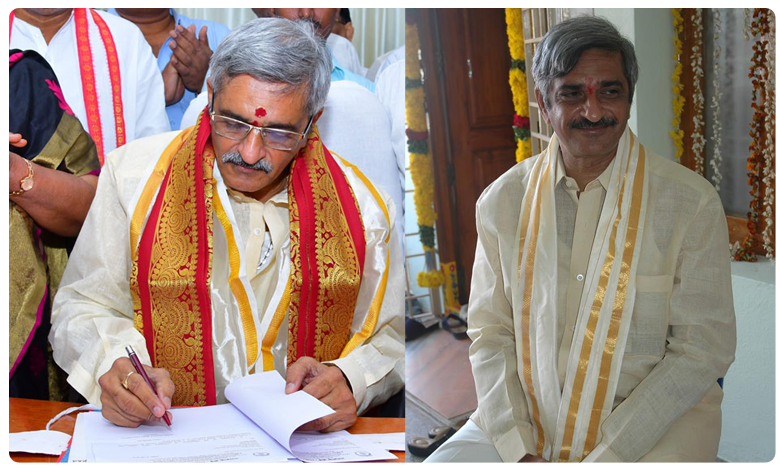 Yadlapati Raghunath Babu takes charge as Tobacco Board chairman, పొగాకు బోర్డు ఛైర్మన్గా బాధ్యతలు స్వీకరించిన రఘునాథ్బాబు