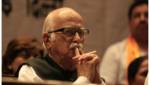 LK Advani visits Arun Jaitley at AIIMS, BJP leader continues to be on life support
