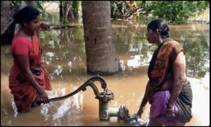 Flood threat to low lying areas in East Godavari