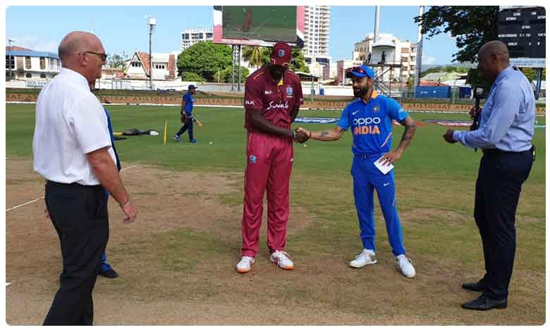 India opt to bat in Gayle's 300th ODI