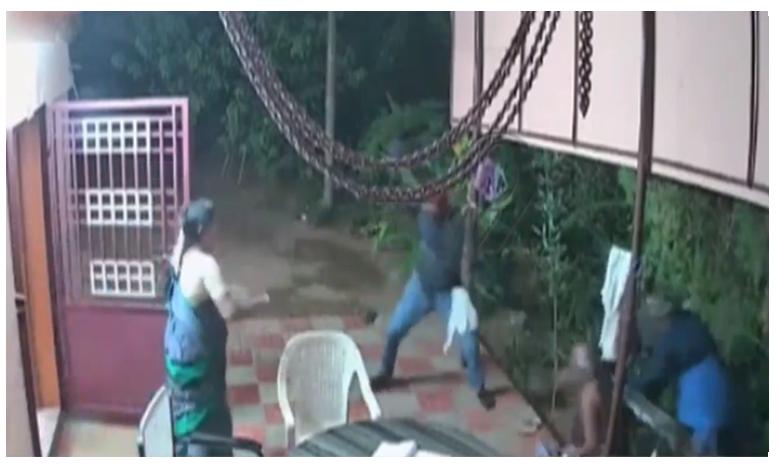 Elderly couple beats the thieves at Tirunelveli in Tamil Nadu, దొంగలను పరుగులు పెట్టించిన వృద్ధ దంపతులు..!