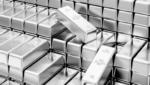 Gold prices surge today to near record high, అప్పుడే తగ్గింది.. వెంటనే భారీగా పెరిగిన బంగారం..!