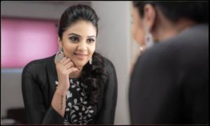 Srimukhi Turns Villain in Telugu Bigg Boss 3 House