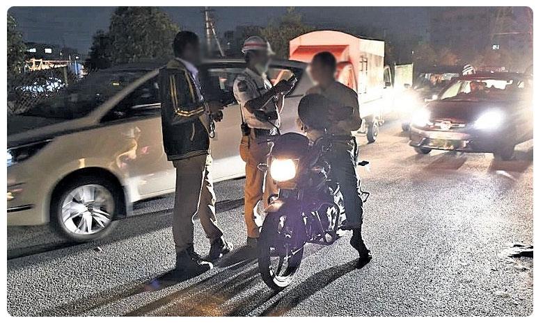 Drunk biker in Nalgonda fined Rs 10000 under new MV Act, కొత్త మోటార్ చట్టం.. తెలంగాణలో తొలి ఫైన్.. ఎలా పడిందంటే..!