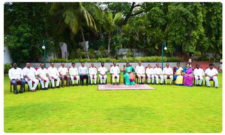 Super Star Rajinikanth, మోదీలో ఆ దిగ్గజాలను చూశాను – రజినీకాంత్