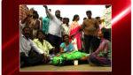 A man who screams in front of Police Station, పీఎస్ ఎదుటే గొంతుకోసుకున్నయువకుడు