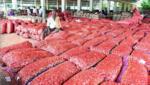 Farmers overjoyed as onion prices shoot up in Kurnool, ఆనందంలో ఉల్లి రైతులు: ధరలు పైపైకి..!