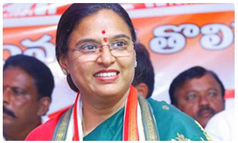 Congress fields Padmavathi Reddy as candidate for Huzurnagar by-polls, హుజూర్నగర్ ఉపఎన్నిక కాంగ్రెస్ అభ్యర్థిగా ఉత్తమ్ పద్మావతి