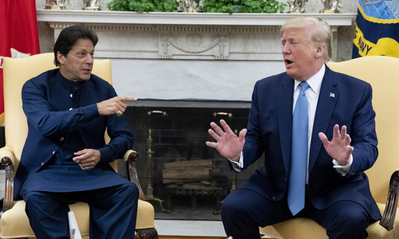 trump with imran khan by his side offers jammu and kashmir mediation for third time, నేను జోక్యం చేసుకుంటా..చేసుకుంటా.. మూడోస్సారి..!