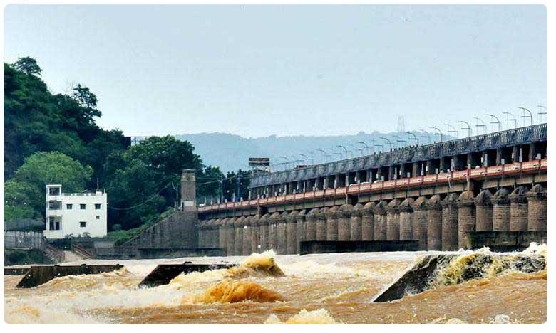 prakasam barrage flow again rains in telangana