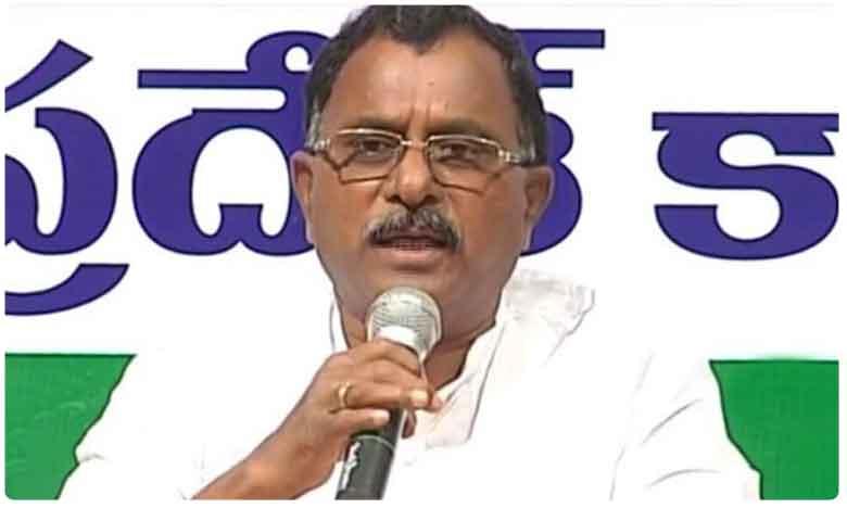 T-Congress Leaders Fire on Komatireddy Rajagopal Reddy Comments, రాజగోపాల్ రెడ్డిపై కాంగ్రెస్ నేతల ఆగ్రహం