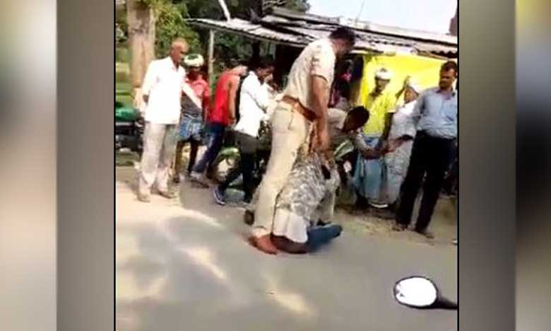 Two police personal suspended for thrashing man over alleged trafic violation