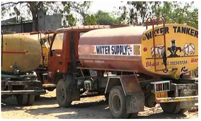 Water mafia at Ameenpur in Hyderabad