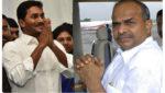 Chandrababu Visits Flood Hit Areas In Vijayawada, ఆ విషయంలో ఎంత వరకైనా పోరాడతా..: చంద్రబాబు