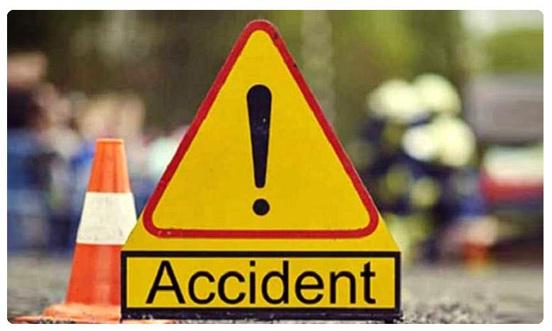 One killed and Five injured at a road accident in East Godavari District, శుభకార్యానికి వెళ్ళొస్తున్నారు.. అంతలోనే ఘోరం !!