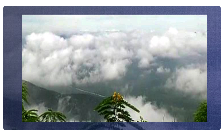 beautiful tirumala hills attracted tourists, తిరుమలేశుని సన్నిధిలో అద్భుత దృశ్యం.. చూసితీరాల్సిందే !