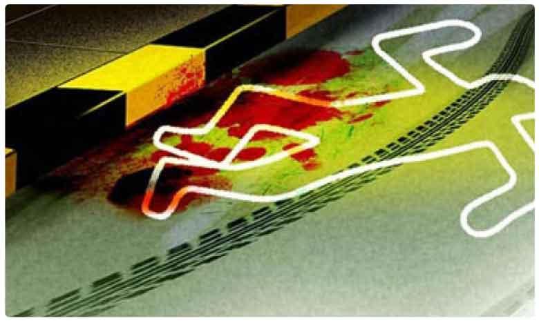 Seven Dead As Bus Runs Over People Sleeping On Pavement In Uttar Pradesh, యాత్రికులపై దూసుకెళ్లిన బస్సు.. ఏడుగురు మృతి..!