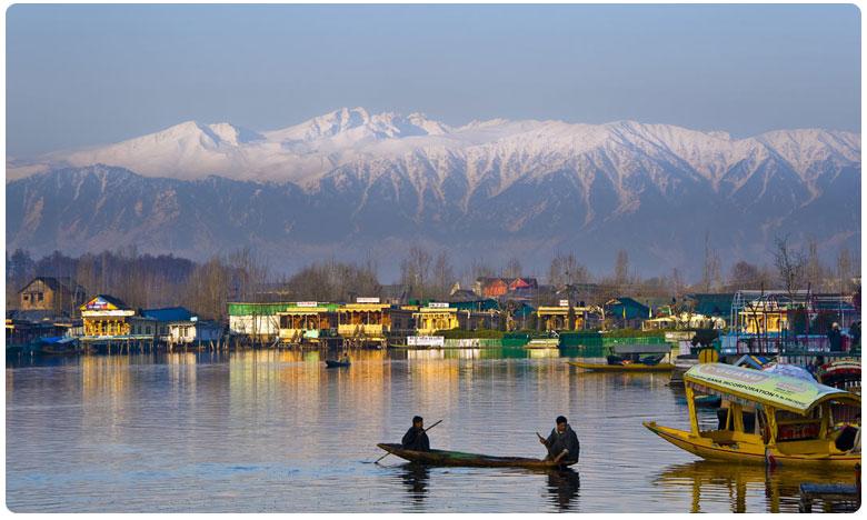 Jammu Kashmir Tourism Tourists Are Now Allowed, కశ్మీర్ పర్యాటకం.. కేంద్రం గ్రీన్ సిగ్నల్!