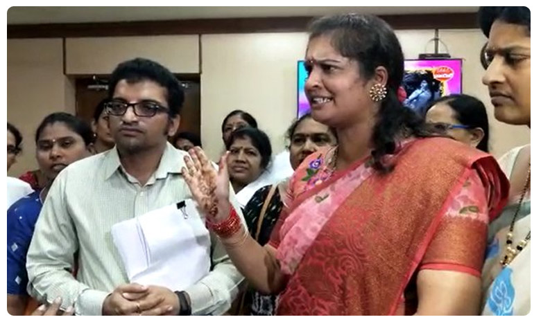 Nannaya University assistant professor surya Raghavendra suspended, వేధింపులు నిజమే..  కీచక ప్రొఫెసర్పై  సస్పెన్షన్ వేటు
