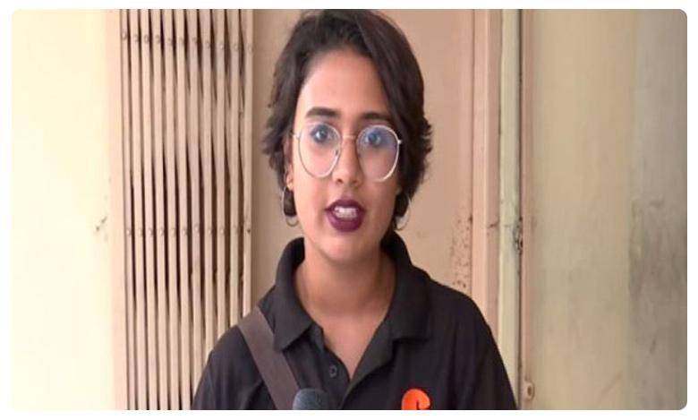 hyderabad's first woman food delivery agent janani rao, ఈమె ఎందరికో ఆదర్శం..  హైదరాబాద్లో  ఫుడ్ డెలివరీ ఏజెంట్గా తొలి మహిళ