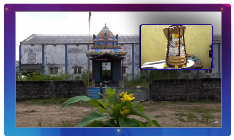 Lord Shiva Temple in Peddapalli District, త్రి నేత్రంతో కాపాడుతున్న మహాశివుడు..!